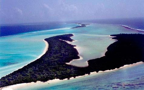 hudhufushi-island.jpg