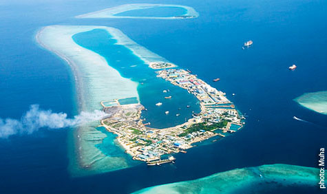Foto aérea de Thilafushi, Maldivas. Foto do blogue Bluepeace