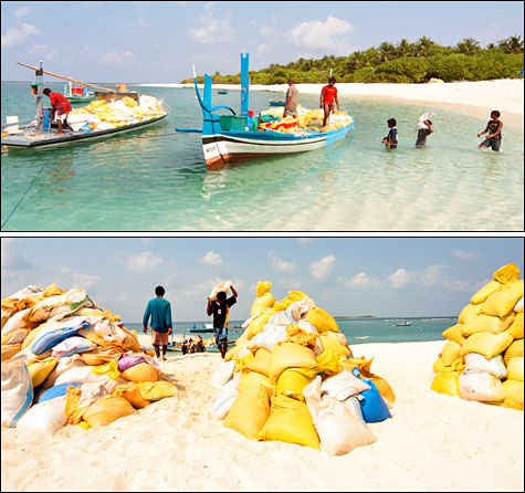 extraction-of-coral-sand-from-lagoon.jpg